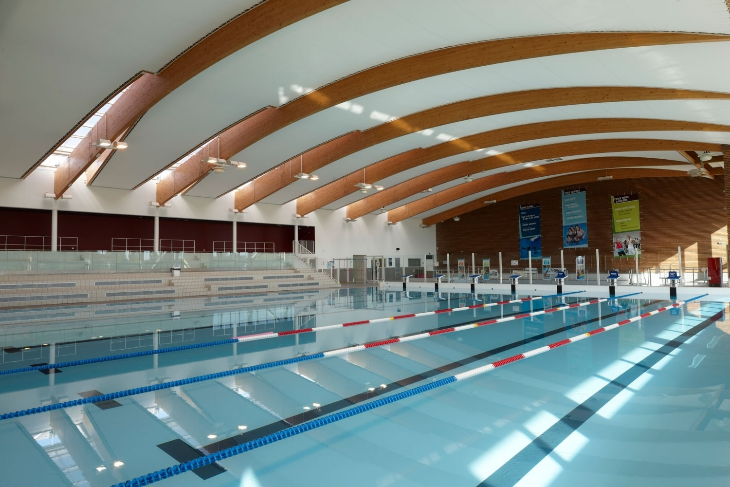 Meyzieu aquatic centre acoustic ceiling