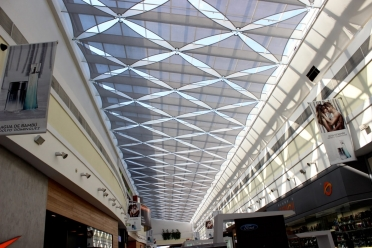 Alto Avellaneda shopping centre internal shadesails