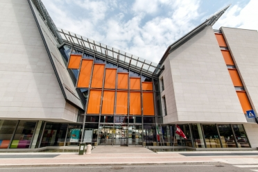 Science Museum in Trento with external facade blinds